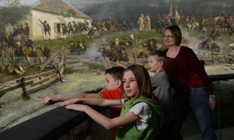 Familien-Rundgänge  im Tiroler Landesmuseum Ferdinandeum in Innsbruck