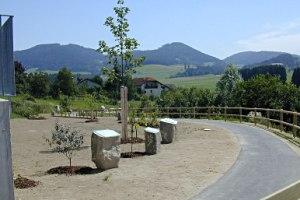 Baumlehr-Gehweg in Lasberg