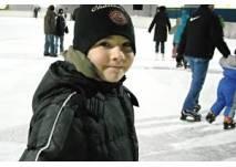 Eislaufen am Sparkassenplatz in Bregenz