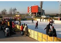 Eislaufen vor der Sonnentherme Lutzmannsburg