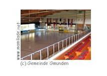 Eislaufen in der Eishalle in Gmunden
