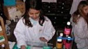 Kindergeburtstag im Theriak-Labor