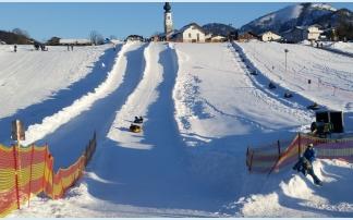 Snow-tubing in Faistenau