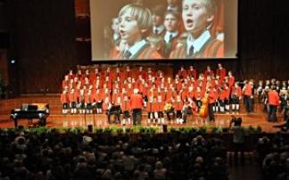 Innsbruck: Muttertagskonzert der  Wiltener Sängerknaben