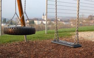 Spielplatz mit Aussicht in Kremsmünster