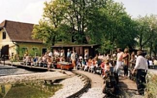 Kindergeburtstag: Wirtshaus zur Minidampfbahn in Teichhäuser