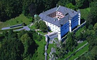 """Schloss Tratzberg: """"Zeitreise ins Mittelalter"""""""