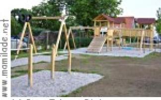 Spielplatz am Dorfplatz in Neutal