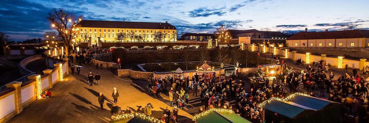 Weihnachtsmarkt Schloss Hof