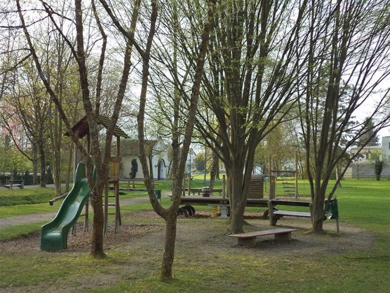 Spielplatz an der Schlossmauer in Eferding