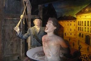 Foltermuseum auf Burg Sommeregg