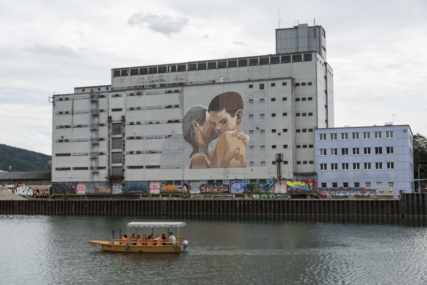 Mural Harbor in Linz