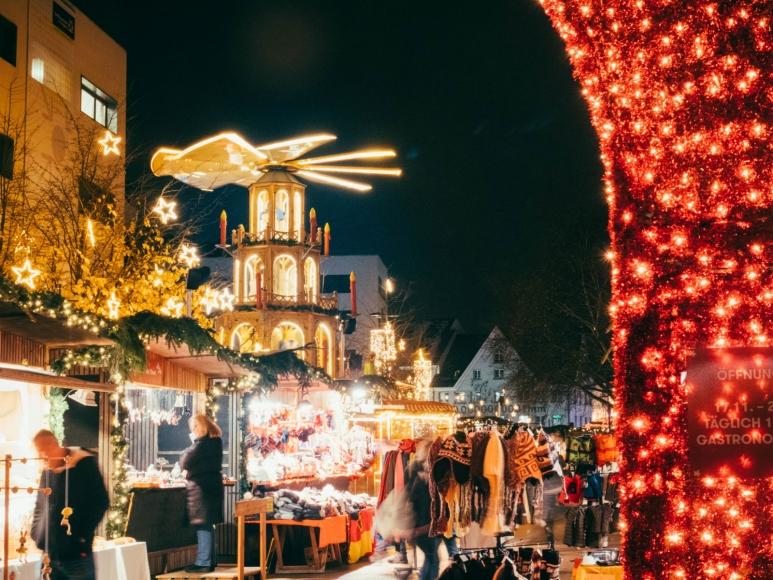 Weihnachtsmarkt am Kornmarktplatz & Leutbühel