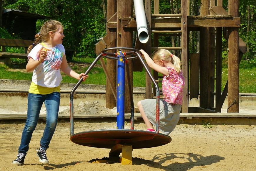 Symbolfoto Kinderspielplatz Aurolzmünster