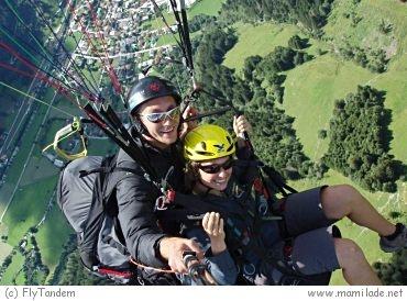 Paragleitflug mit dem Fly-Tandem Team in Salzburg