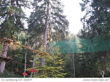 Hochseilgarten mit Waldseilpark in Fulpmes
