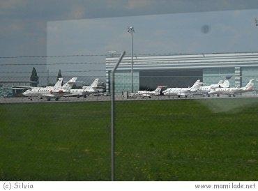 VISITAIR Tour - Rundfahrt am Flughafen Wien