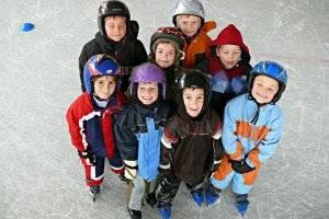 (c) Eishockeyleistungszentrum GMBH