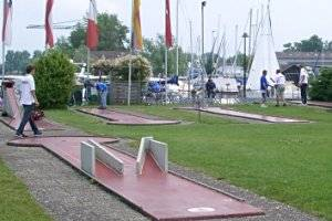 Minigolfplatz in Hard am Bodensee (c) Harder Sport- und Freizeitanlagen