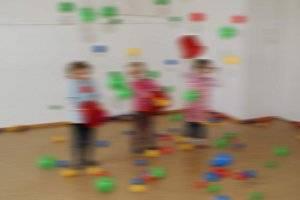 Kunterbunte Sommerwochen (c) Kinder Atelier Wien