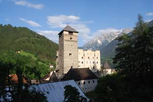 Schloss Landeck (c) Ferienregion Tirolwest