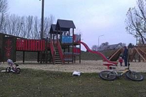 Spielplatz beim Badeteich Hirschstetten (c) SK