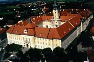 (c) Benediktinerstift Seitenstetten