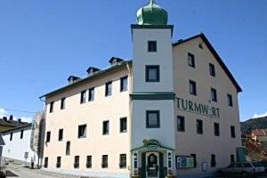 (c) Turmwirt