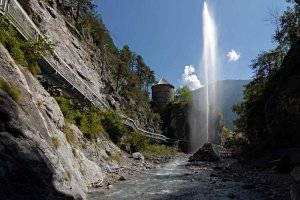Tirols mystische Klamm in Zams: Zammer Lochputz (c) Archiv TVB TirolWest
