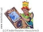 Theater Heuschreck Monster