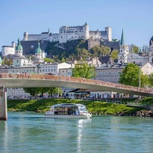 """Salzburg Stadt Schiff-Fahrt mit der """"Amadeus Salzburg"""""""