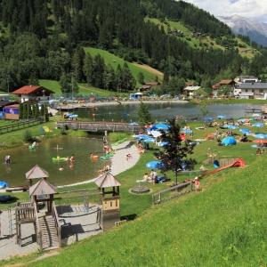 Spiel-, Sport- und Wasserpark für Kinder