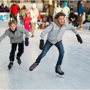 Symbolfoto Eislaufen in Spittal an der Drau