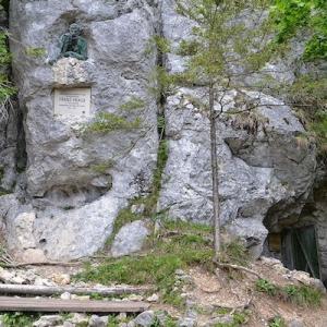 Kraushöhle Gams