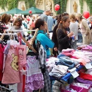 Kinderflohmarkt im erzbischöflichen Palais