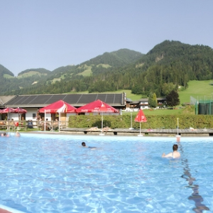 Schwimmbad Itter
