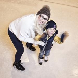 Eislaufen im Sportpark Kitzbühel