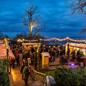 Weihnachtszauber beim Schloss Wilhelminenberg