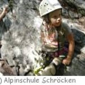 Kinder-Klettern in Au mit der Alpinschule Schröcken