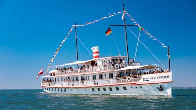 Schifffahrt mit dem Dampfschiff Hohentwiel