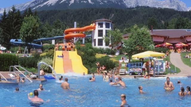 Kaiserbad Ellmau - Hallenbad, Freibad und Bioschwimmteich